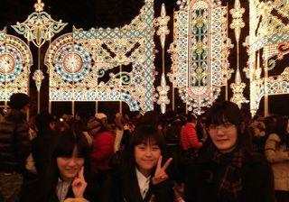 IMG_0834 神戸ルミナリエにて.jpg
